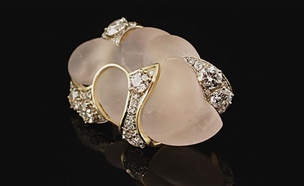 carved-morganite-diamond-brooch_lg
