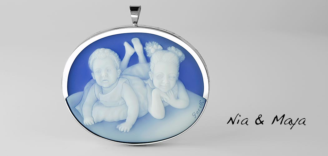 blue-agate-custom-cameo-two-daughters-white_wide-50
