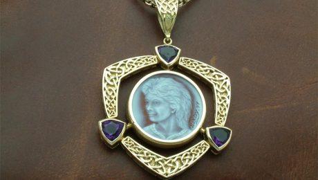 Custom-jewel-cameo-amethyst-18kt gold celtic knots