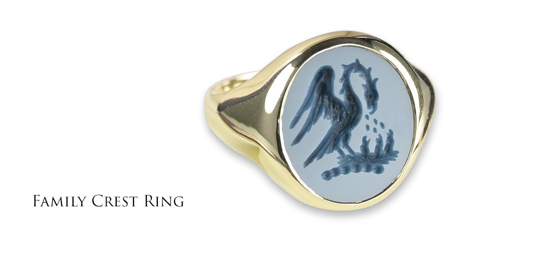 Family-crest-signet-ring-sardonyx-wide