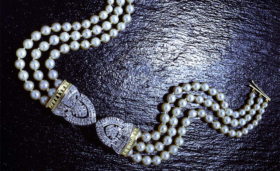 Pearl-and-diamond-necklet-lg