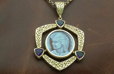 cameo-motehr-celtic-knotwork-amethyst-gold