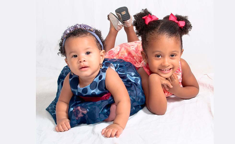 photo-of-two-girls-Lisa