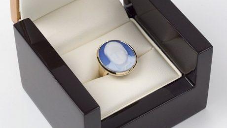portrait-cameo-ring-box