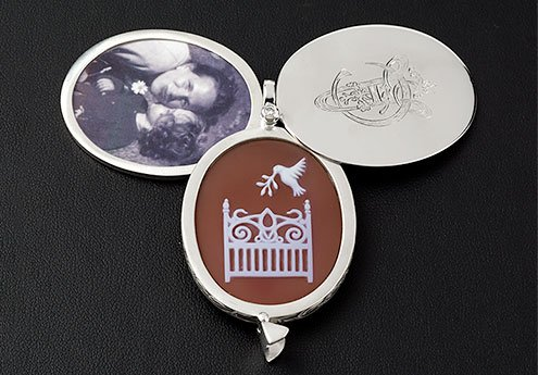 Custom Locket Cameo and Photo Compartment