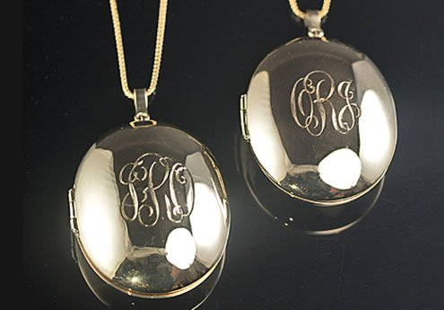 gold-clamshell-lockets-pair