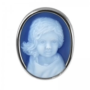 blue-cameo-pendant-white-gold