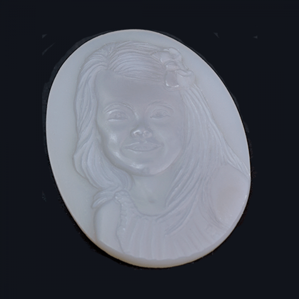 grey-agate-cameo-portrait-daughter