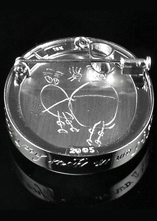 kids-drawing-engraved-cameo-setting