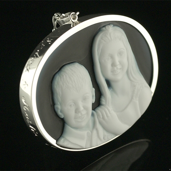 brother-sister-white-black-cameo-sq