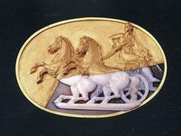 commesso-cameo-gold-fragment-chariot