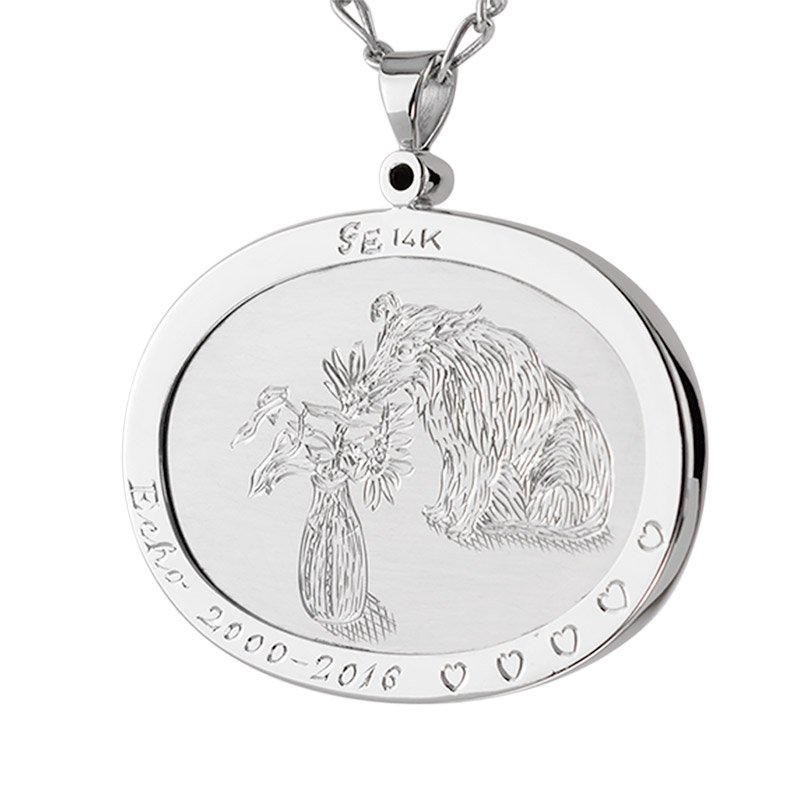 pet-portrait-memorial-pendant-engraved-detail-