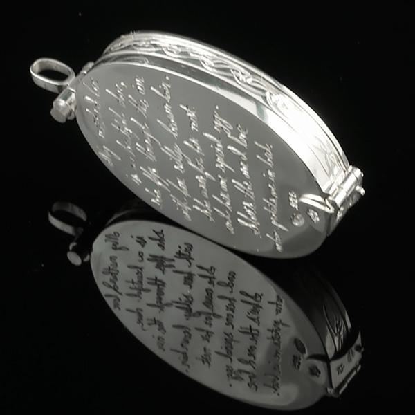 Cameo-Locket-Engraving