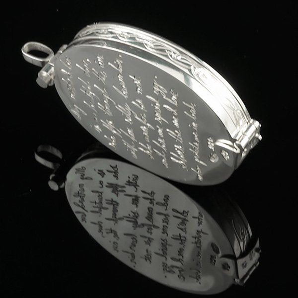 Cameo-Locket-Engraving