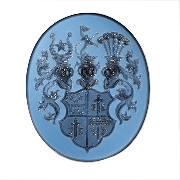 complex-coat-of-arms-with-3-helmets-