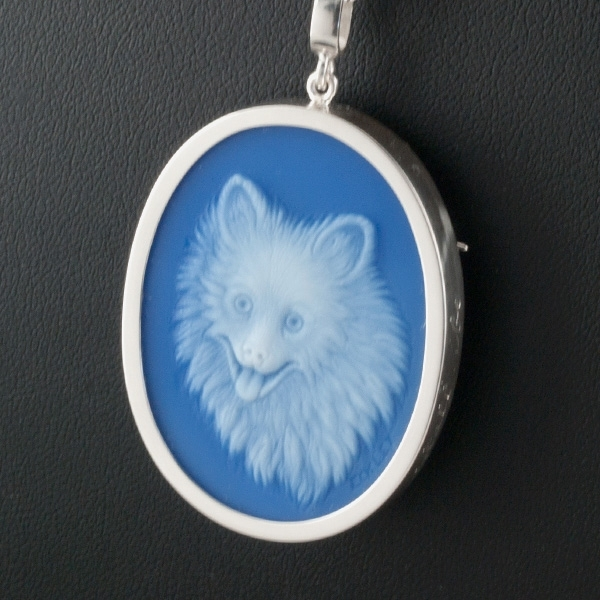 dog-blue-agate-cameo-sq