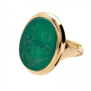 family-crest-signet-ring-green-agate