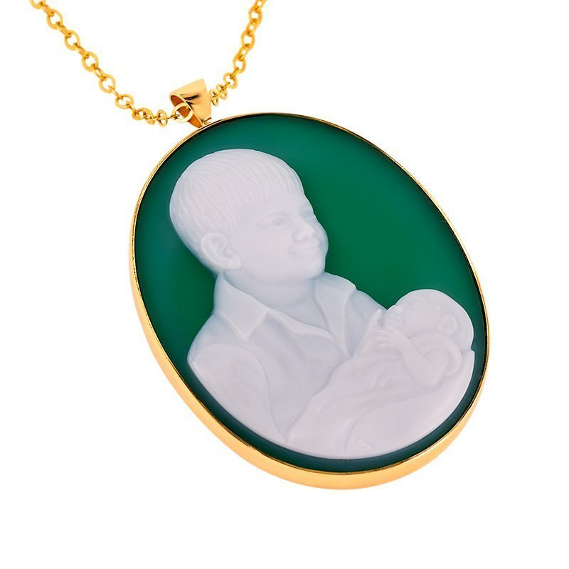 green-agate-two-boys-cameo-800-sq