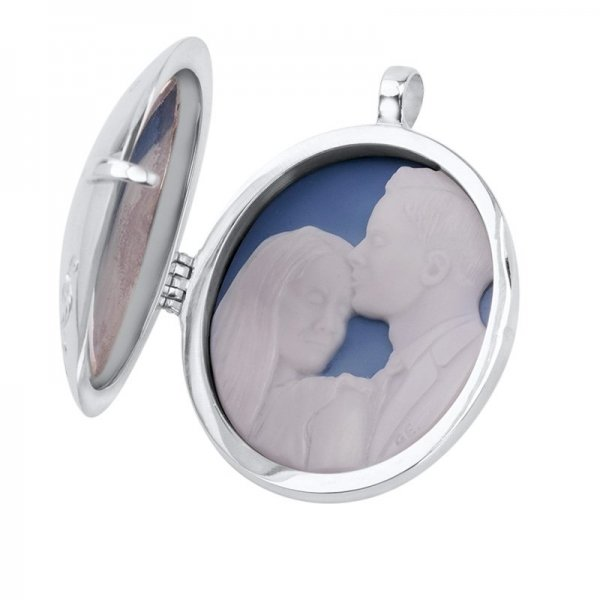 wedding-gift-silver-locket-open-cameo-