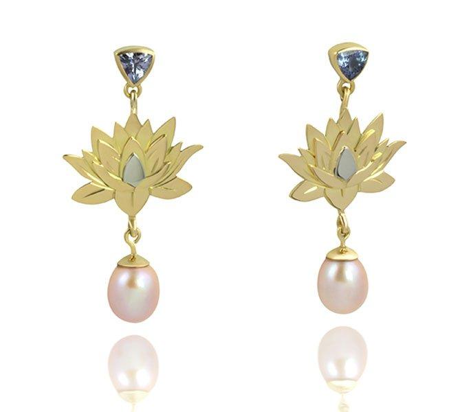 Lotus Flower Earrings In Tanzanite Pearl 18kt Gold