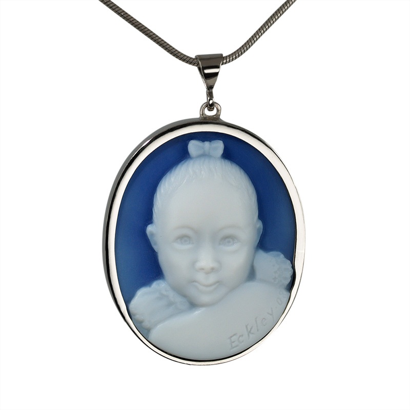 baby-portrait-cameo-necklace-18kt-white-gold-sq
