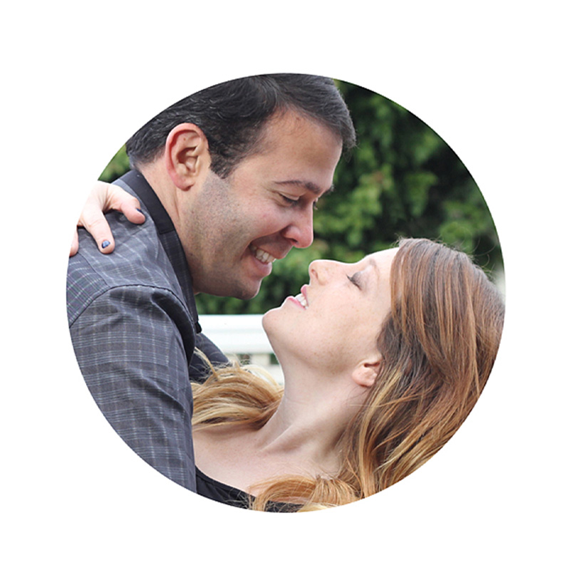 engagement-round-locket-photo-couple-sq