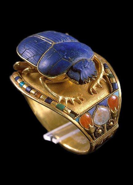 Lapis-Scarab-Bracelet-Tutankhamun-A