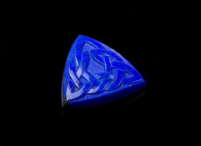 lapis-lazuli-gem-carving-celtic-knot-A