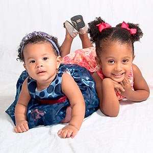 portrait-photo-of-two-girls-3-sq