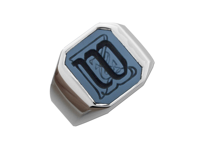 w-monogram-blue-black-agate-ring-white-gold-feat