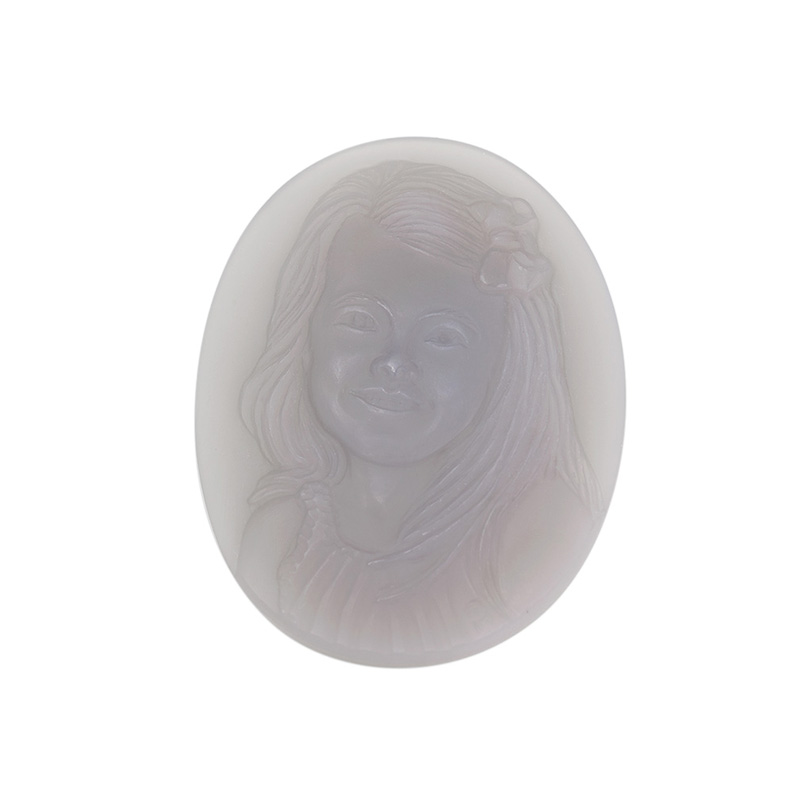 cameo-portrait-gray-agate-8-sq