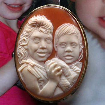 shell-cameo-poor-details-on-eyes-3-sq