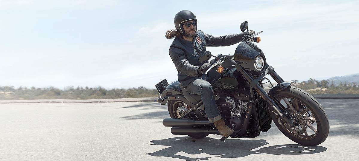 harley-davidson-bike-rider-wide