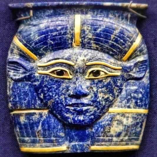 lapis-lazuli-hathor-amulet-sq