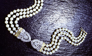 pearl-diamond-bow-tie-necklet-lady-diana